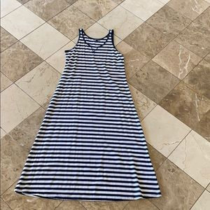 STRIPED BEACHY MAXI DRESS